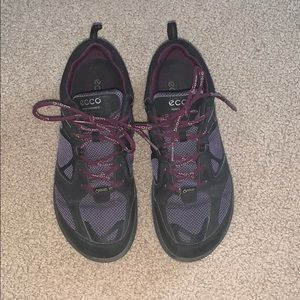 Ecco // Purple Runners 6.5